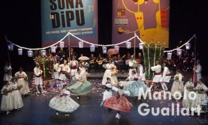 Grup de Danses Les Folies de Carcaixent, ganadores de Sona la Dipu 2015. Foto de Manolo Guallart.