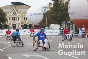 """Partida de """"raspall adaptat"""" en silla de ruedas. Foto de Manolo Guallart."""