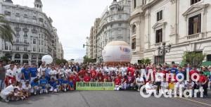 Grupo de participantes en el Dia de la Pilota Valenciana. Foto de Manolo Guallart.