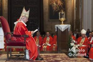 Homilía del arzobispo de Valencia, cardenal Antonio Cañizares, en presencia del Santo Cáliz. Foto de Manolo Guallart.