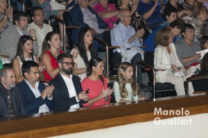 María Donderis (FMIV), Estefanía López (FMV), Pere Fuset (presidente JCF), José Martínez (secretario) y José Luis Torres (Cultura). Foto de Manolo Guallart.