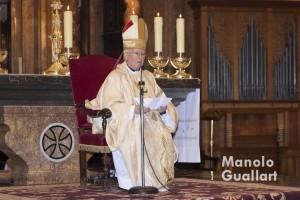 El arzobispo de Valencia, cardenal Antonio Cañizares, durante su homilía. Foto de Manolo Guallart.