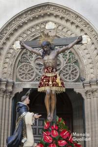 Cristo de la Fe de Paterna y San Vicente Ferrer orante. Foto de Manolo Guallart.