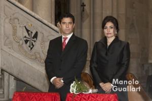 Alfredo Adiego y Noemí Borrás, clavarios mayor del altar de Colón san Vicente Ferrer 2016. Foto de Manolo Guallart.