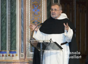 El dominico Alfonso Esponera habló sobre San Vicente Ferrer como Apóstol de la Paz. Foto de Manolo Guallart.