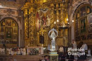 Misa solemne en la parroquia de San Nicolás de Valencia. Foto de Manolo Guallart.