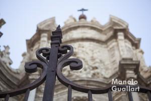 Detalle de la Puerta de los Hierros de la Catedral de Valencia. Foto de Manolo Guallart.