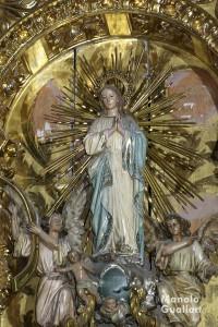 Imagen de la parroquia de los Santos Juanes de Valencia (altar mayor). Foto de Manolo Guallart.