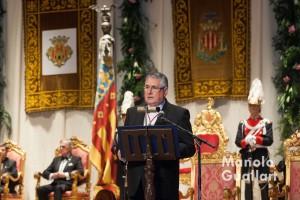Enric Esteve, presidente de Lo Rat Penat, durante su intervención. Foto de Manolo Guallart.