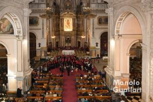 La iglesia de La Compañía durante el concierto de Navidad del Coro universitario Sant Yago. Foto de Manolo Guallart.