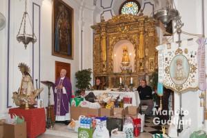 """Momento de la homilía del rector de la Basílica, Juan Bautista Antón en el """"Capitulet"""". Foto de Manolo Guallart."""