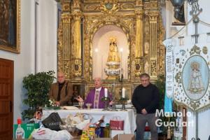 """Celebración de la Navidad en la capilla del """"Capitulet"""". Foto de Manolo Guallart."""