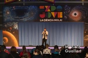 Escenario de Expo Jove. Escena y conocimiento científico todo en uno. Foto de Manolo Guallart.