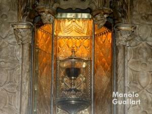 El Santo Cáliz que se venera en su capilla de la Catedral de Valencia. Foto de Manolo Guallart.