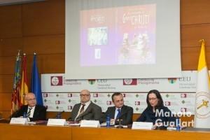 Intervención de Carmen Puerto (directora del Palacio de Colomina CEU-Cardenal Herrera). Foto de Manolo Guallart.