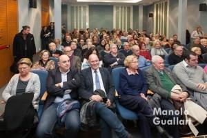 Aspecto del salón de actos en la presentación del libro sobre la procesión del Corpus de Baltasar Bueno. Foto de Manolo Guallart.