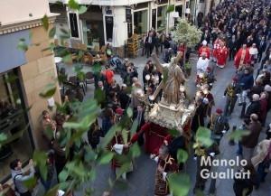 Procesión de San Vicente Mártir por la calle del Mar de Valencia. Foto de Manolo Guallart.
