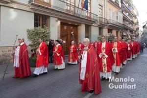 La procesión de San Vicente Mártir a su paso por la Real Academia de Cultura Valenciana. Foto de Manolo Guallart.