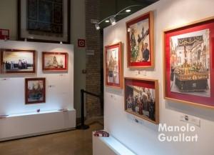 Detalle de la exposición artística de Pedro Molero sobre la Semana Santa Marinera. Foto de Manolo Guallart.