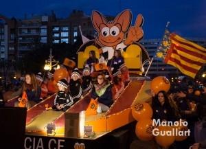 Carroza del Valencia C.F. en la cabalgata. Foto de Manolo Guallart.