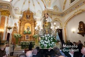 Entrada de la Mare de Déu en la parroquia de Santa Ana en Quartelll. Foto de Manolo Guallart.