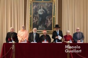 Representantes religiosos en la Oración por la Paz. Foto de Manolo Guallart.
