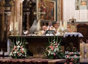 Momento eucarístico del Jueves Santo en la Catedral de Valencia. Foto de Manolo Guallart.