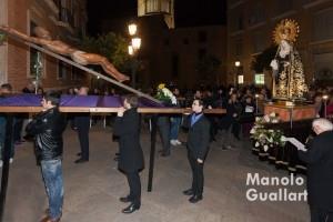 XIV Estación. Via Crucis de Ciutat Vella en Valencia. Foto de Manolo Guallart.
