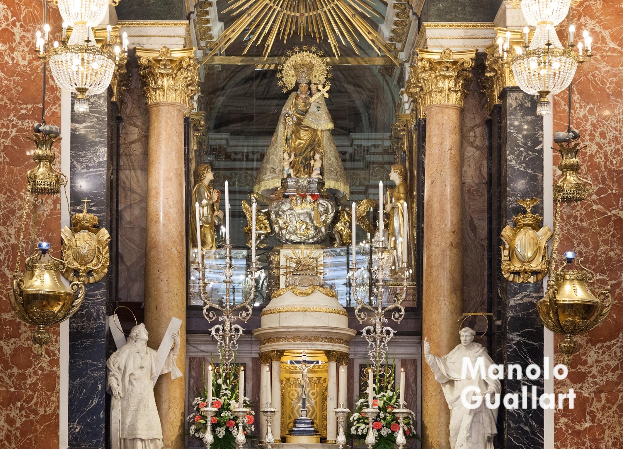 Altar mayor de la Basílica de la Virgen de los Desamparados en Valencia. Foto de Manolo Guallart.