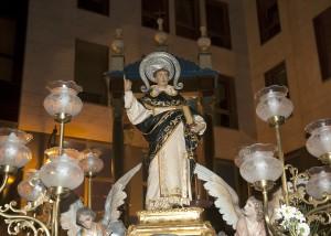 Imagen de San Vicente Ferrer de la Festa dels Xiquets antes de la subida. Foto de Manolo Guallart.