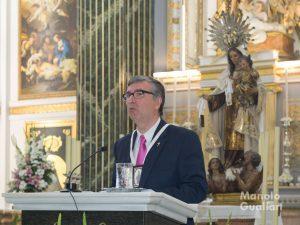 Francisco Celdrán en el Pregón de la Virgen del Carmen. Foto de Manolo Guallart.
