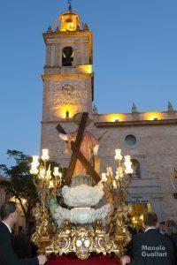 La imagen original de San Vicente Mártir de Benimámet, que cumple 75 años, finalizando la procesión. Foto de Manolo Guallart.