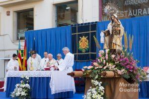 Misa concelebrada por la Virgen del Carmen junto a las Atarazanas de Valencia. Foto de Manolo Guallart.