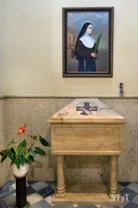 Capilla con la tumba de la beata clarisa capuchina Milagro Ortells. Foto de Manolo Guallart.