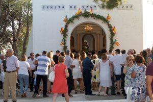 Ambiente festivo en la ermita de san Roque (Casinos). Foto de Manolo Guallart.