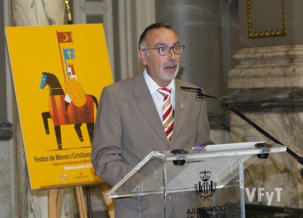 Vicente Roig, presidente de la Federación Valenciana de Moros y Cristianos. Foto de Manolo Guallart.