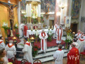 Misa solemne. Foto de Félix Perona.