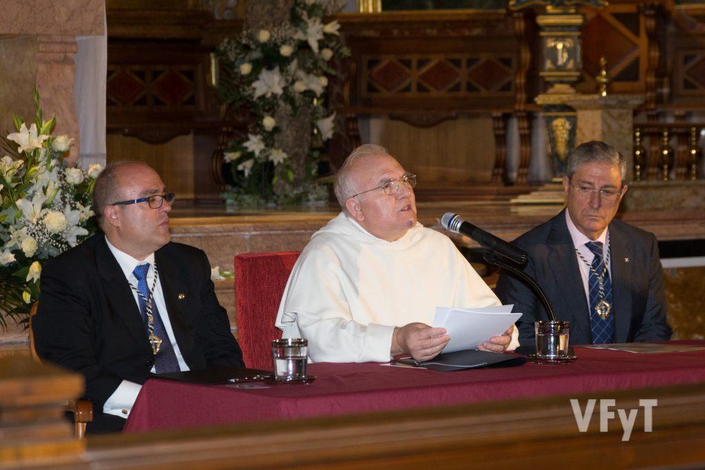 El dominico Fray Vito en su predicación durante el acto de Apertura del Año Vicentino. Foto de Manolo Guallart.