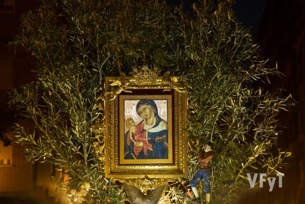 Facsímil del icono original que preside el altar mayor de la parroquia de Monteolivete. Foto de Manolo Guallart.