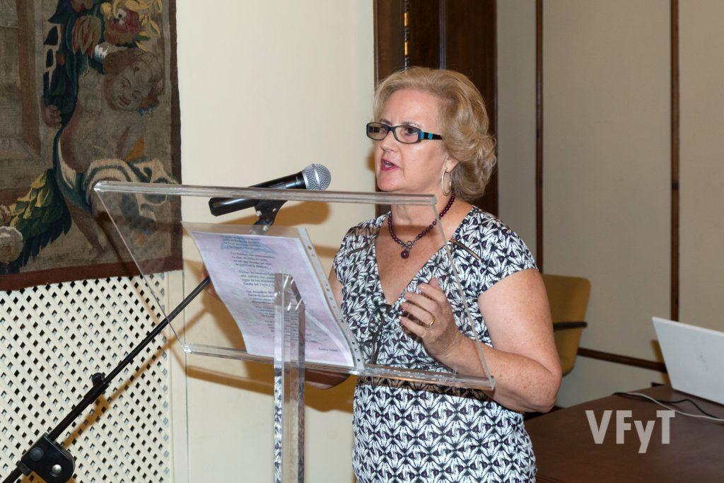 Una de las participantes en el recital poético del 9 de Octubre. Foto de Manolo Guallart.