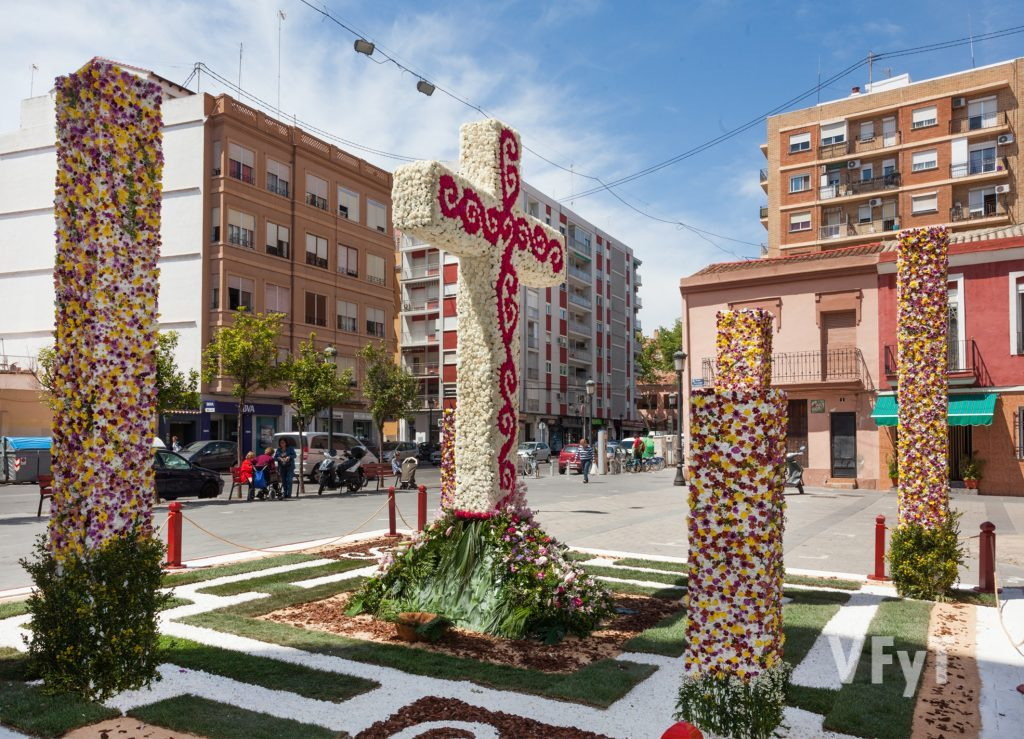 Primer Premi: Falla Plaça La cReu - Els Ángels. Foto de Manolo Guallart.
