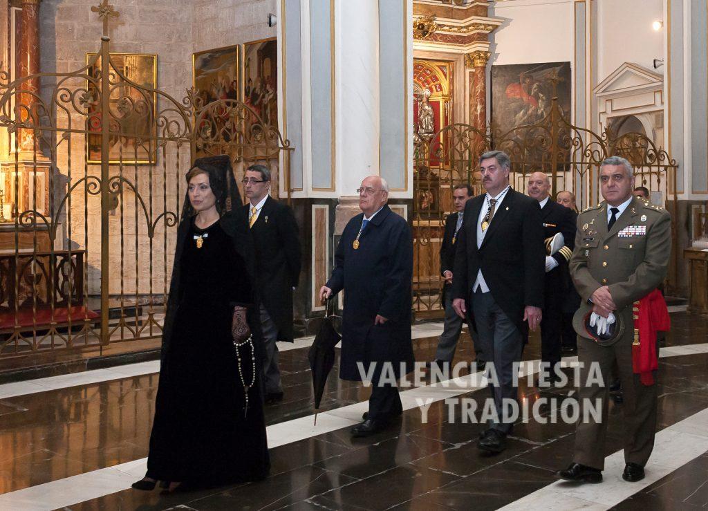 En la solemne procesión claustral en la Catedral de Valencia (por malas condiciones climatológicas).