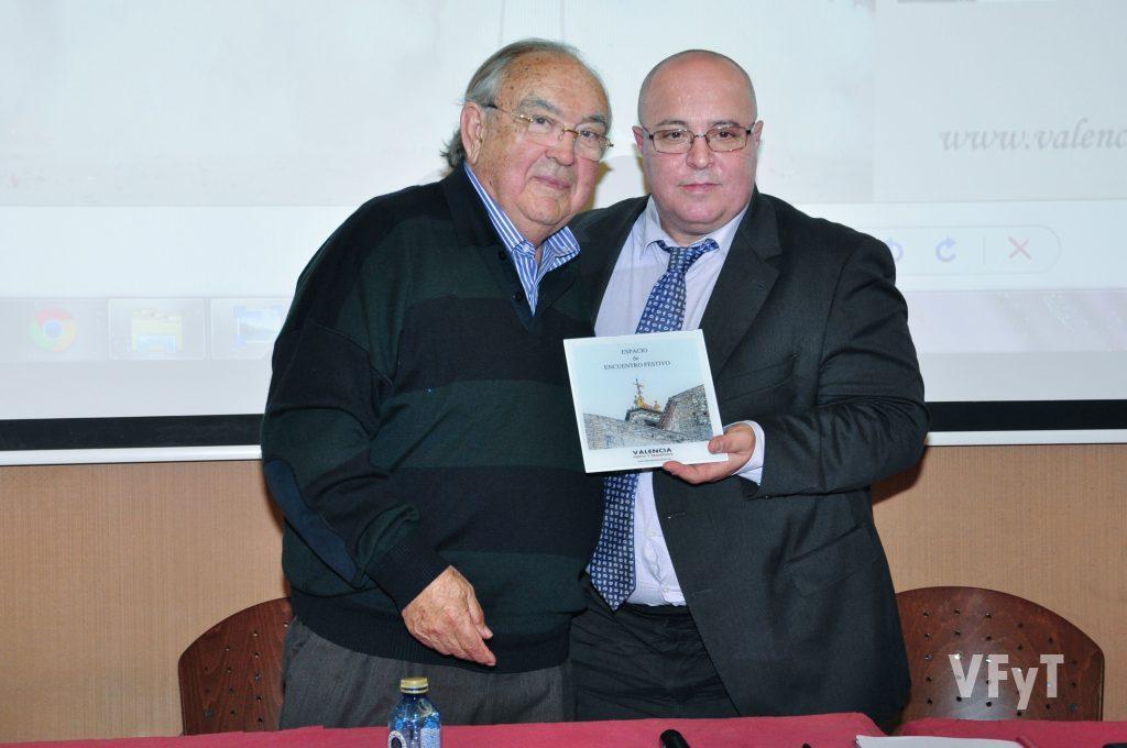 Vicente Caballer con Manolo Guallart. Foto de Vicente Almenar.
