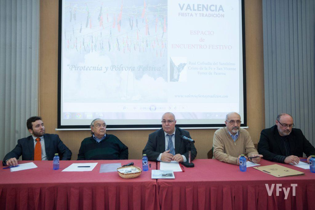 (De izqda. a dcha) Mikel Pagola, Vicente Caballer, Manolo Guallart, José Miguel Colás y Antonio Monrabal.