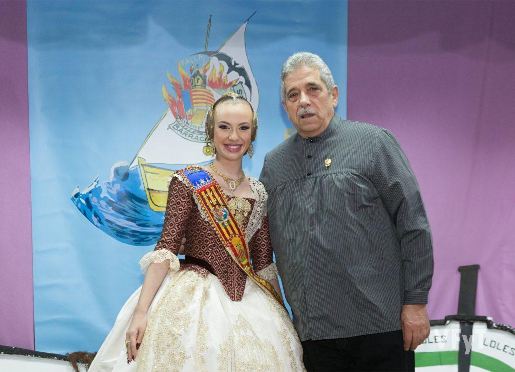 Noelia Carabal, Fallera mayor de Barraca-Columbretes con Juan Antonio Cortés, premiado con la Barca d´Or nº 63.