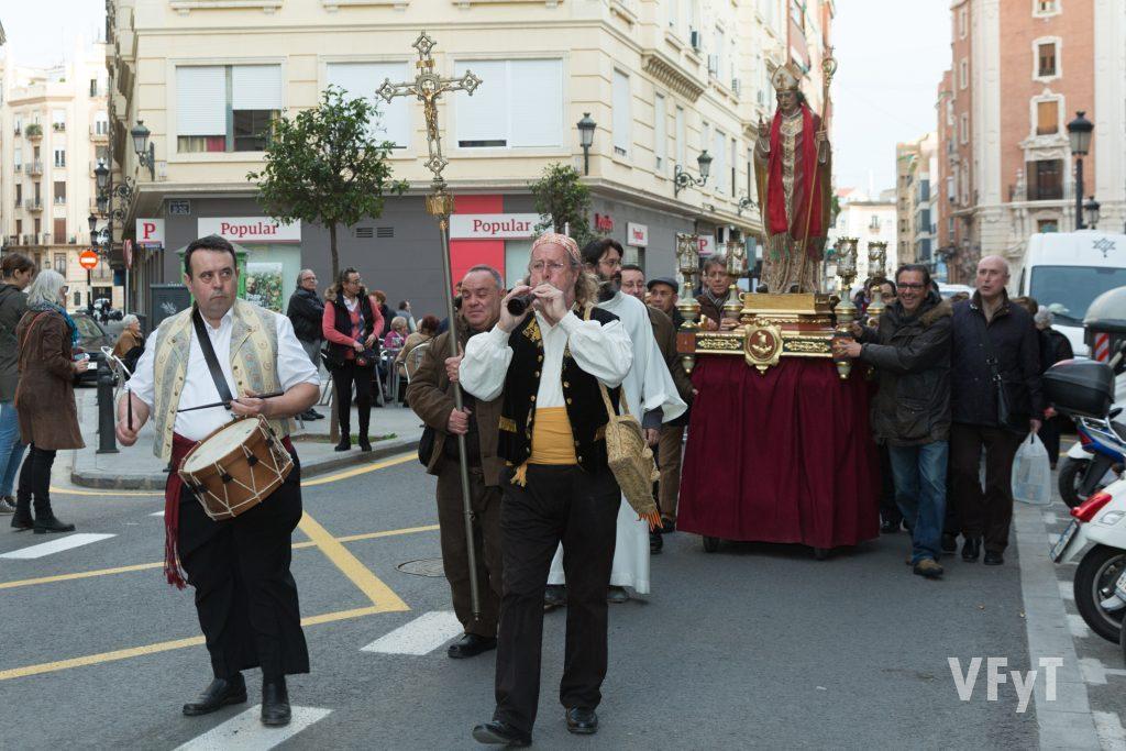 Procesión de San Blas en Ruzafa. Foto de Manolo Guallart.