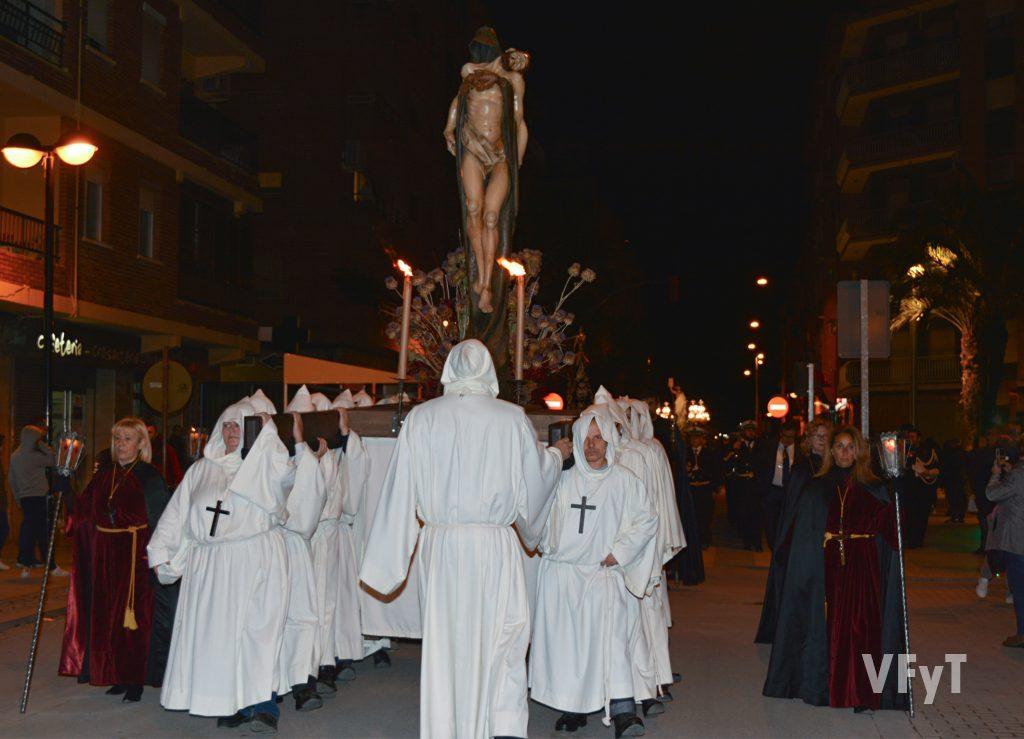 El paso de Cristo en Brazos de la Muerte (obra escultórica de Ricardo Flecha) de la Hermandad de Cristo en su Mayor Desamparo, de Medina del Campo (Valladolid)