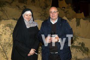Elena Sereno (en el papel de Virgen María en la Pasión de Benetússer) con Manolo Guallart (director de Valencia, Fiesta y Tradición)
