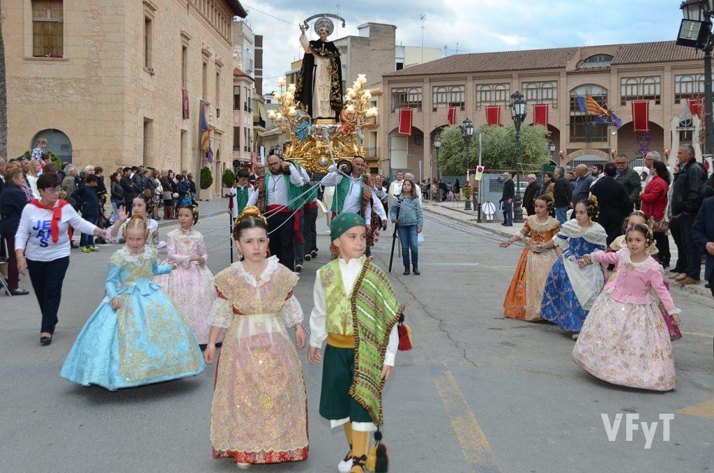 La solemne procesión de San Vicente Ferrer en Lliria.