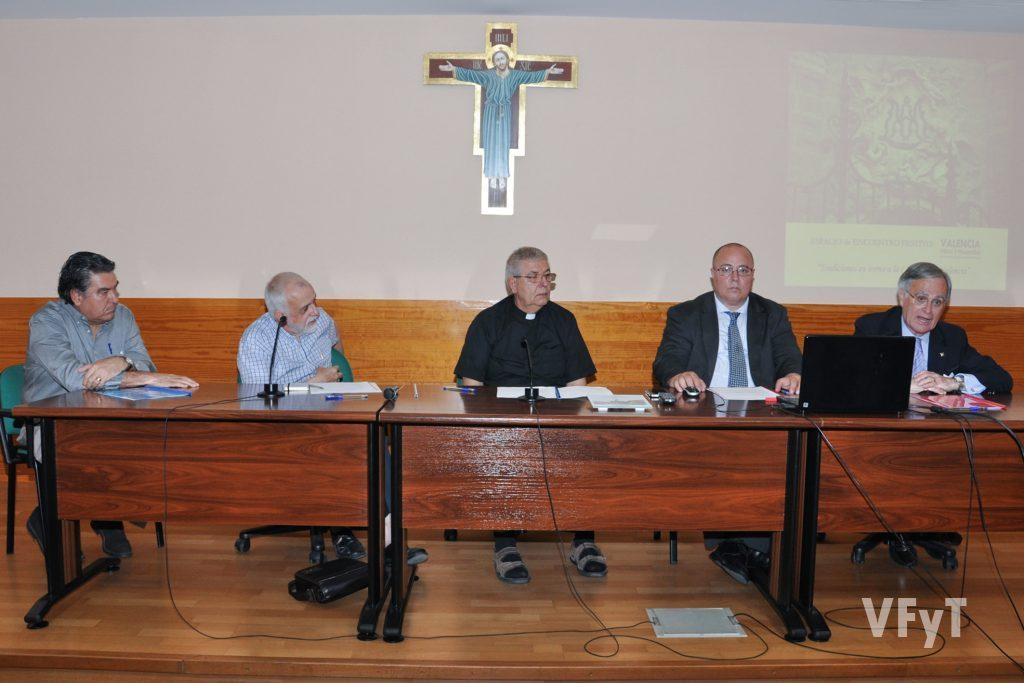 Espacio de Encuentro Festivo 'Tradiciones en torno a la Catedral de Valencia'
